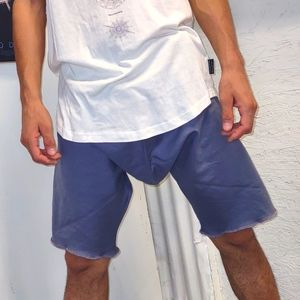 Dropped Short shorts